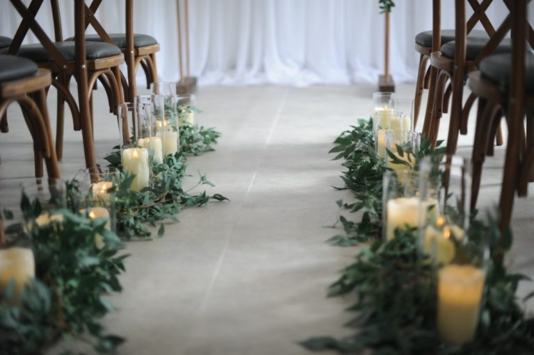glassware cylinders votive aisle decoration