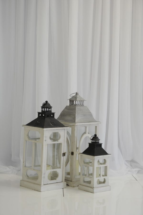 white mixed lanterns