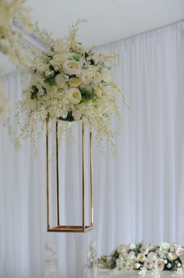 wild floral geometric aisle decor