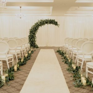 glass ware foliage aisle decor